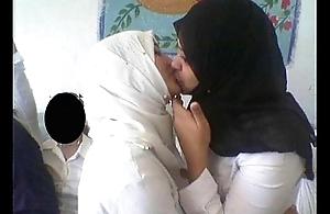 outright muslim women