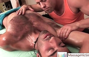 Hansome guy acquires first-class ass rubbing by massagevictim