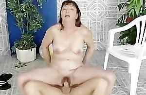 Moms red-hot hairypussy pounded