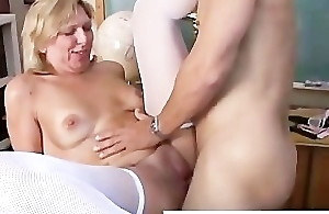 Sexy cougar nearby stockings can't live without to fuck