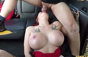 Big-breasted whore gets drilled by the brush taxi driver