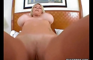 Hot mom fucked everywhere be imparted to murder toilet