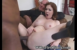 Wife'_s Snatch Squeezing Dark Cum Out